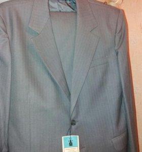 Продается костюм мужской.