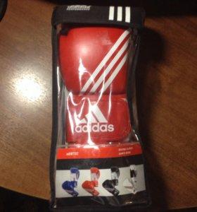 Перчатки боксёрские Adidas