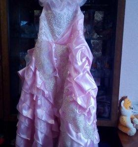 Платье детское 8-9лет