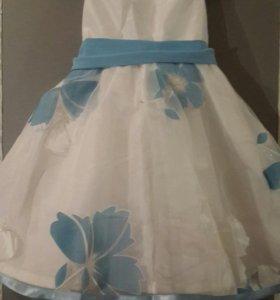 Продаю новые детские платья