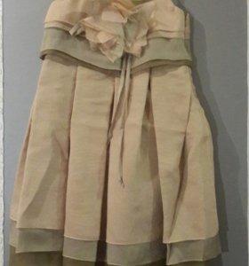Продаю детские новые платья