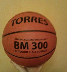 Продаю баскетбольный мяч TORRES BM300  семерка