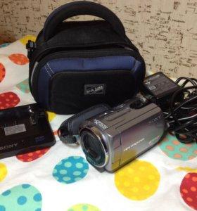 Видеокамера Sony ( handycam DCR-SR62)