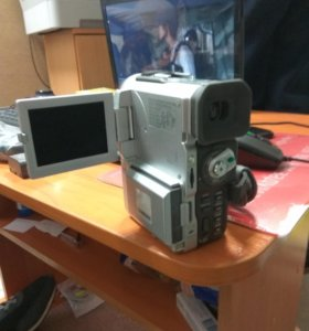 Видео камера Samsung VP-D380i