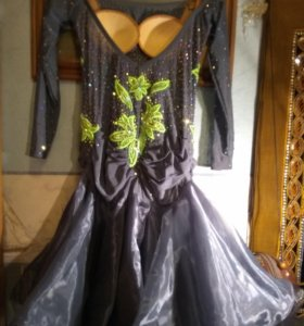 Платье для бальных танцев. Латина