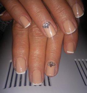 Маникюр,покрытие гель лаком,восстановление ногтя.