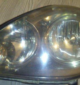 Фара левая Toyota Brevis