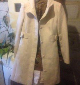 Пальто демисезон / стильное