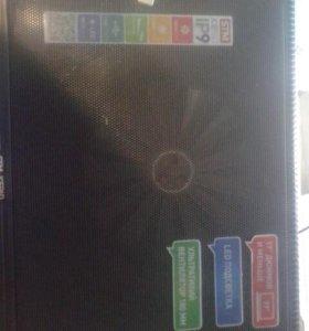 Охлаждающая подставка с подсветкой  для ноутбука