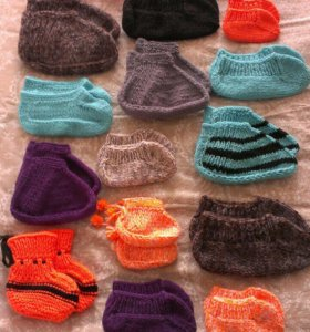 Пинетки, носочки, шапочки