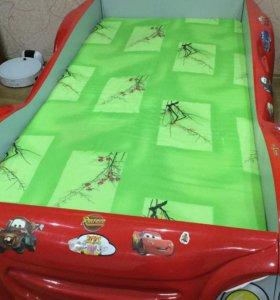 Кровать детская с матрасом,немного б/у