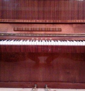 Пианино Вятка