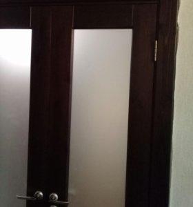 Двери меж комнатные из массива сосны.