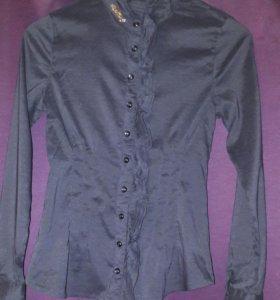 Блузка,не ношеная, но без этикетки.
