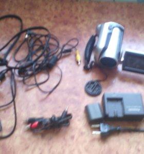 Срочно продам цифровую видеокамеру