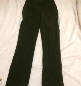 Брюки классика, завышенная талия 42 - 44 , джинсы
