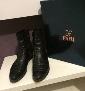 Ботинки женские Fabi  б/у