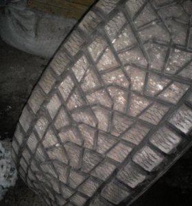 Bridgestone Blizzak R17 всесизонка