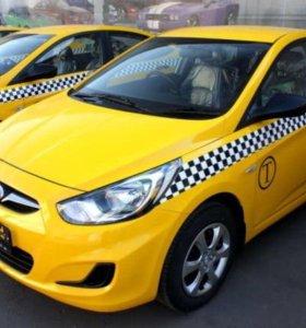 Оклейка авто такси,  брендирование автомобиля