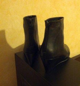 Чёрные кожаные ботильоны Sofi Solferino 36 p