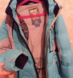 Куртка лыжная женская.
