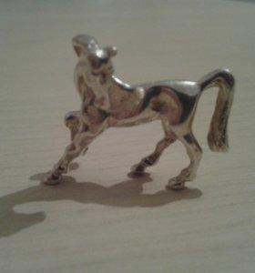 Серебрянный конь
