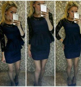 Продаю платья новые