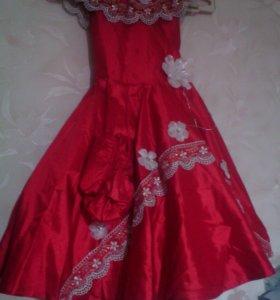 Платье бу,рост 116-128