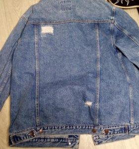 Новая шикарная джинсовка,куртка с потёртостями