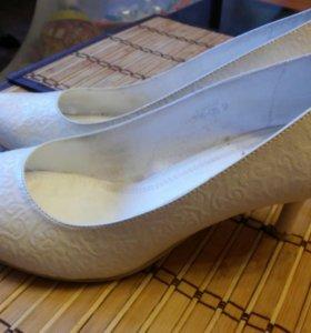 Свадебные туфли, р.39
