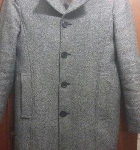 Пальто мужское, демисезонное.