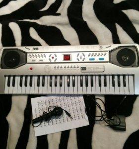 Синтезатор Детский( не для муз.школы)