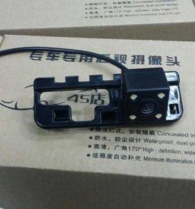 Камера заднего вида CIVIC 08-09