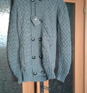 Новая!!! Кофта куртка тёплая