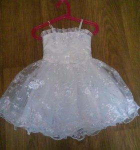 Шикарное платьице для маленькой принцессы