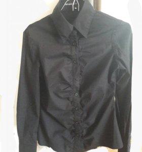 Чёрная рубашка Terranova