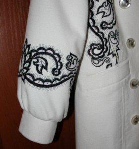 Ручная вышивка одежды