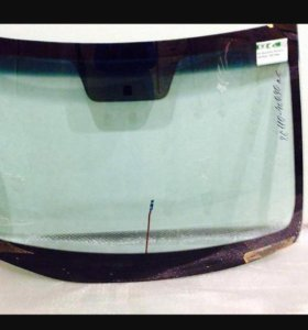Лобовое стекло Hyundai Solaris / Kia Rio 3