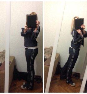 Продам джинсовый костюм и жилет с чернобурки