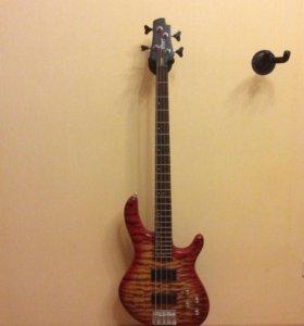 Бас гитара Cort Action deluxe