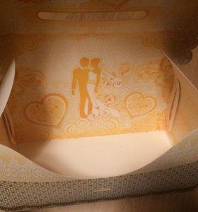 Свадебный сундук для денег. Подушка для колец