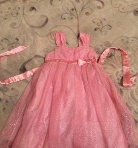 Платье на девочку 5 лет , рост 110