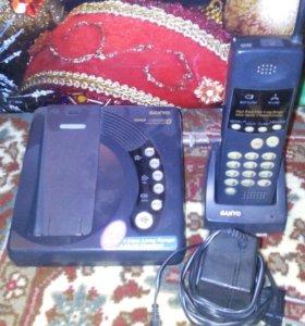 Радио телефон дальнего радиуса действия до 5 км.