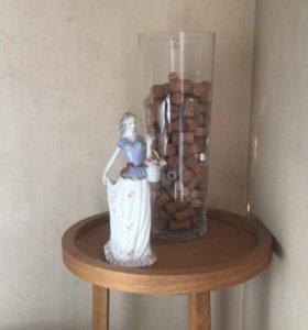 Коллекционная Фарфоровая статуэтка