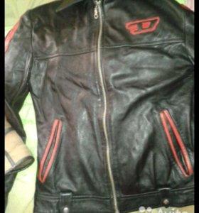 Куртка,дубленка 146-152см на 10-12лет