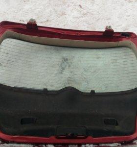 Крышка багажника Пежо 307 peugeot 307