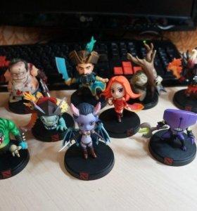 Фигурки персонажей из Dota 2