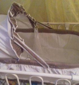 Продается детская металлическая кроватка