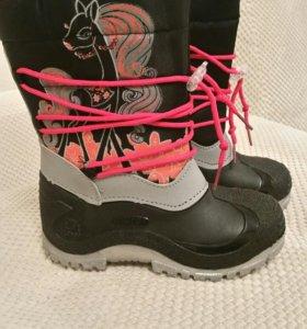 Новые сапожки. Детская обувь. Идеально для слякоти