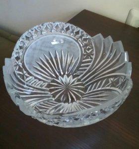 Хрустальный салатник или ваза для фруктов,конфет